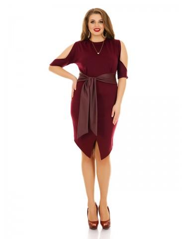 Платье с вырезами на плечах и кожанным поясом бордо ДК-1093