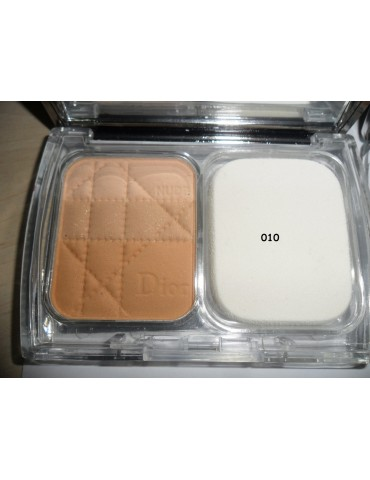 Моделирующая пудра Christian Dior Diorskin Nude Natural Glow Sculpting Powder Makeup SPF 10